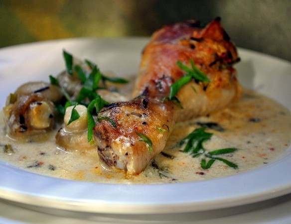 Курица запеченная в соусе в духовке рецепт